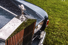 Spirit of Ecstasy (NaPCo74) Tags: cloud silver de switzerland suisse geneva geneve spirit swiss british rolls chateau concours genve royce elegance coppet lgance ecstazy worldcars extazi
