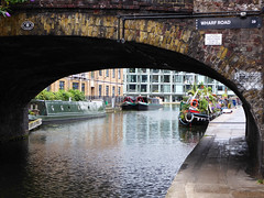 Wharf Road (Gilder Kate) Tags: regentcanal canal regent london n1 islington narrowboats wenlocklock cityroadbasin panasoniclumixdmctz70 panasoniclumix panasonic lumix dmctz70 tz70 wharfroad bridge dilligaf