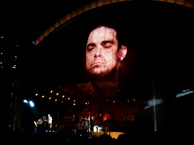 Robbie Williams - Take The Crown Stadium Tour 2013 - Stade Roi-Baudouin, Bruxelles (2013)