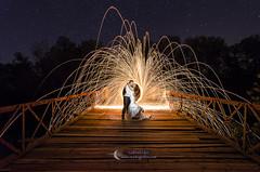 High voltage kisses (Gabriel Glez.) Tags: gabrielglez noctografia nightphotography nightportrait lightpainting glamour
