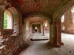 Prinz-Wilhelm-Gedchtniskirche 5 (Moddersonne) Tags: lost place urbex verlassen abandoned decay kirche ruine kirchenruine prinz wilhelm gedchtniskirche polen teufel kirchturm