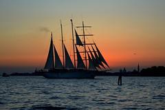 Veliero in laguna (Irene Grassi (sun sand & sea)) Tags: venezia venice laguna veneto mare acqua tramonto sunset veliero barca barche boats barcaavela silhouette luce light cielo sky smarco lido
