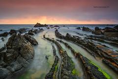 """Dragons"" (Pepelahuerta) Tags: sea verde mar atardeceres playas paisvasco costas cantabrico barrika canon6d singhrayfilters ultraangulares pepelahuerta canon1740eff4"