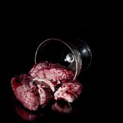 Fiche verrine (laure.petitdemange) Tags: france noir mort reflet sombre sang fr iledefrance coupe verre viande agneau levallois glauque cerveau cannibalisme jeffreydahmer renversé abats tripes cervelle meurtrier verrine