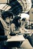 Abstracción (Atarugá) Tags: people vertical lens photography interesting gente retrato fotografia surprising tecnica sorprendente retratodegrupo enfoque nikonlens enfoqueselectivo interesantísimo nikond700 generosfotograficos tipodecaptura palabrasweb atarugá creativaybellasartes