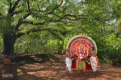 """THE LIVING GODS OF NORTH MALABAR"" (GOPAN G. NAIR [ GOPS Photography ]) Tags: tourism photography kerala ritual deity malabar chamundi gops theyyam demigod gopan gopsorg gopangnair gopsphotography"