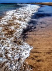 LA PLAYA (GABRIEL,LUIS) Tags: sea espaa beach mar spain lanzarote playa islascanarias