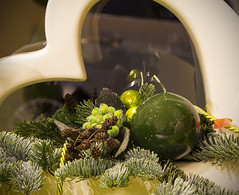 Gre zum Advent (Helmut44) Tags: germany deutschland advent candle kerze magdeburg candlelight dezember herz christmastime vorweihnachtszeit dekoration sachsenanhalt tannenzeig