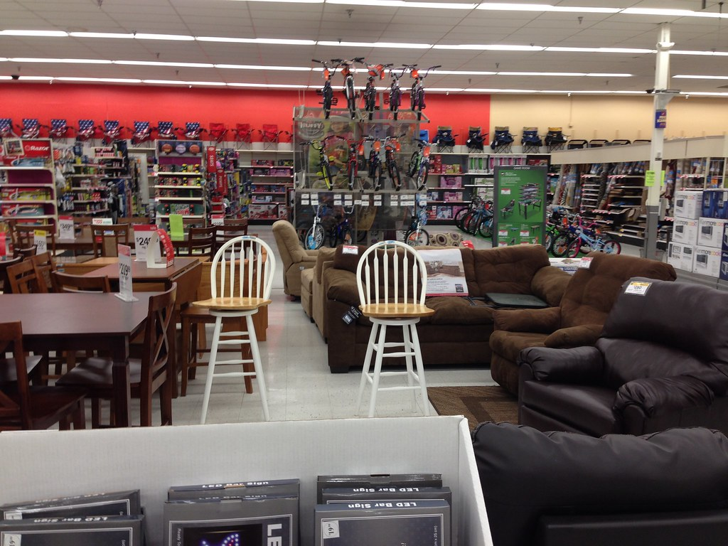 Kmart 3934 (Rolla, MO)   Furniture Displays, More Sporting Goods, And