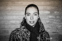 black and white portrait (Yab - Photography) Tags: portrait white black blanco navidad retrato negro zaragoza reportaje yabphotography yaizaab