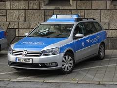 """Bremen: Volkswagen Passat """"Polizei"""" (harry_nl) Tags: germany deutschland 2014 bremen polizei police car volkswagen variant passat hb7031"""