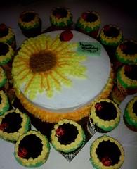 Sunflower and Ladybug cake by Terri and Jennifer, Hollister, CA, www.birthdaycakes4free.com