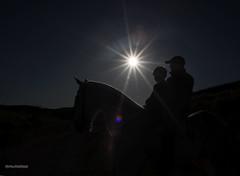 ltimos das de Abril (estersinhache) Tags: contraluz children caballos 28mm paisaje canon5d sombras siluetas childphotography