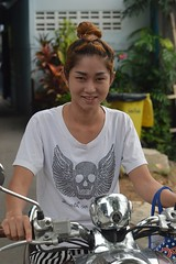 pretty woman on a motorcycle (the foreign photographer - ) Tags: woman portraits thailand nikon pretty bangkok motorcycle bang bua khlong bangkhen d3200 may142016nikon