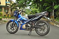suzuki raider product shots (DOLCEVITALUX) Tags: outdoor philippines motorbike motorcycle suzuki 150cc productshots underbone suzukiraider