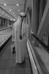 Metro, Dubai (Andreas Mariotti) Tags: street bw white black fountain dubai metro uae unitedarabemirates vae vereinigtearabischeemirate