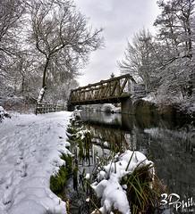 The Meccano Bridge, Wolverhampton (3dphil) Tags: christmas bridge winter sky snow west boats canal 3d lego phil compton staffordshire narrow hdr worcester midlands wolverhampton narrowboats 3dphil