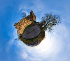 Windeck Weinheim Little Planet (Dennis Tobias Alexis) Tags: panorama castle fisheye burg weinheim sphericalpanorama stereographic windeck kugelp