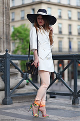 shooting blogueuse Elodie in Paris. (Marie-Paola Bertrand-Hillion) Tags: paris france fashion photography outfit style mode streetfashion streetstyle ootd fashionblogger elodieinparis