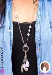 5th Avenue White Necklace K3 P2630-4 (2)