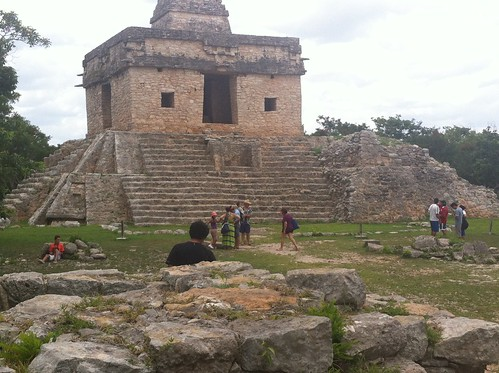 Zona arqueológica Dzibizaltum