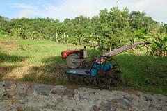 DSCF2999 (Indonesia Documentary Photographer) Tags: traktor quick bogor handtractor agrimotor batutulis parakanmuncang kecamatannanggung