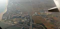 Spanish Coastline - Approaching Valencia (Sony RX100M3) (markdbaynham) Tags: window valencia flying spain sony wing cybershot aerial espana espanol es rx rx1003 rx100m3 rx100iii rx100mkiii rx100mk3 rx100mark3