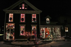 IMG_0087 Christmas house (jgagnon63@yahoo.com) Tags: christmas usa midwest holidays michigan christmaslights christmasdecorations upperpeninsula smalltown holidayhomes escanaba lifeinanortherntown deltacountymi canonsl1