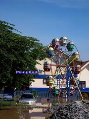 Korban Banjir @ Kecamatan Dayeuhkolot (MangAndri ...on/off) Tags: indonesia flood sungai 2014 banjir andir citarum dayeuhkolot baleendah mangandri bandungselatan cieunteung