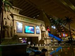 Entering Luxor hotel (f l a m i n g o) Tags: las vegas hotel december luxor 2014
