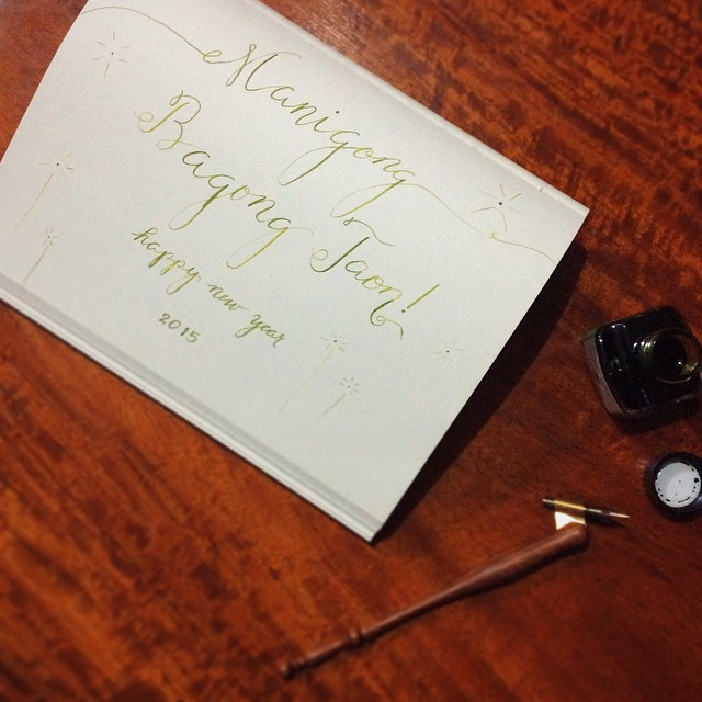 Thank you 2014 for all the blessings and newfound hobbies aka loves :) Lets greet the new year with a big bang and a complete set of fingers! Happy New Year, everyone! 🎉🎆🎇 🙌 #calligraphy #calligraphyph #flourishforum