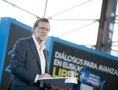 Mariano Rajoy en el foro de dilogos (Partido Popular) Tags: libertad durango rajoy eta pp pasvasco