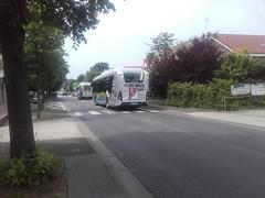 Lacroix rseau Valoise Heuliez GX 337 hyb DZ-096-TD (95) n1018 & rseau Le Parisis DW-348-PS (95) n1011 (couvrat.sylvain) Tags: bus cars autobus 337 lacroix beauchamp gx heuliez hybride parisis heuliezbus valoise gx337