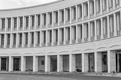Roma EUR (Manuel73) Tags: blackandwhite bw italy rome roma architecture 35mm monocromo blackwhite nikon italia edificio eur architettura biancoenero colonnato nikond5500
