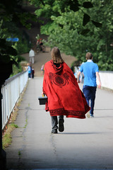 Avenham Park Cloaked Man (lGBSl) Tags: avenham miller park preston red cloaked man east lancashire railway river ribble old tram road bridge north west england uk britain