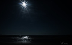 Paisible Mer (mkl.photo1) Tags: light sea mer moon france beach water beautiful night dark landscape nikon nightscape playa reflet beaut nuit sud posie douceur paisible