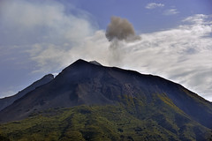 Eolie43 (Pepe_chan) Tags: trip travel blue sea summer italy island volcano nikon italia estate sicily sicilia vulcano eolie stromboli