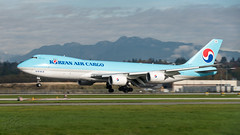HL7617 - Korean Air Cargo - Boeing 747-8B5F/SCD (bcavpics) Tags: canada vancouver plane airplane britishcolumbia aircraft aviation jet cargo boeing yvr 747 jumbo freighter 748 koreanaircargo bcpics 748f hl7617