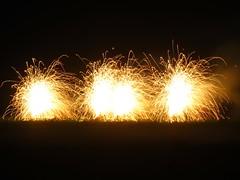 Fireworks - Caddington Village School (ambo333) Tags: fireworks bedfordshire firework bonfire luton bonfirenight november5th caddington caddingtonvillageschool fiveoaksschoolcaddington