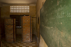 Tuol Sleng - Cambodia (Ron van Zeeland) Tags: cambodge cambodia khmer communism phnompenh genocide cambodja khmerrouge tuolsleng polpot genocidemuseum rodekhmer