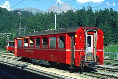 R11569.  RhB composite at St. Moritz. 16th August, 2001. (Ron Fisher) Tags: schweiz switzerland suisse transport rail railway publictransport narrowgauge stmoritz rhb graubünden rhätischebahn schmalspurbahn metregauge voieetroite