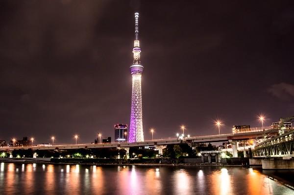 Tokyo Sky Tree là tòa tháp truyền hình độc lập cao nhất Nhật Bản