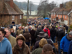 Boxing Day at the Country Pub 2014 (fstop186) Tags: road countryside pub day hampshire boxing narrow crowds