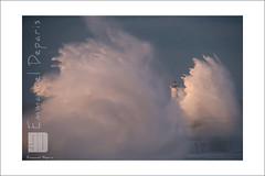 waves and storm (Emmanuel DEPARIS) Tags: mer lighthouse france beach de nikon boulogne sur cote pas vague emmanuel calais d4 dopale deparis semaphoro