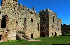 The North Range Ludlow Castle (Eddie Crutchley) Tags: england sunlight ruins europe shropshire medieval ludlow ludlowcastle blueskies historicbuilding simplysuperb