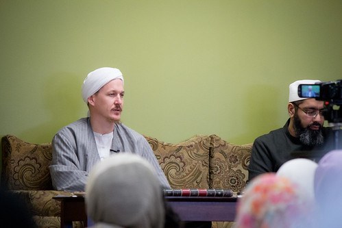 "Shaykh Yahya Rhodus at SeekersHub, Toronto and Seminar Series: Worship, Coffee and The Meaning of Life • <a style=""font-size:0.8em;"" href=""http://www.flickr.com/photos/88425658@N03/26567010980/"" target=""_blank"">View on Flickr</a>"