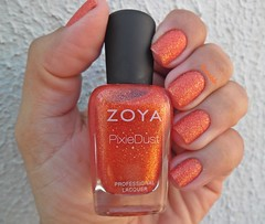 Dhara - Zoya (Desafio Ostentassaum 10) (Raabh Aquino) Tags: orange texture zoya laranja nails nailpolish unhas esmalte naillacquer texturizado liquidsand