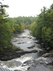 22 Septembre 2007 - 52 - VuDepuisLePont (Patrick Limoges) Tags: waterfall quebec