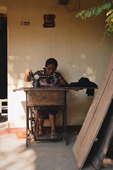 Arregla mis errores. (elpatojo_) Tags: she light sun classic vintage nikon afternoon grandmother guatemala lifestyle d3200 instamoment