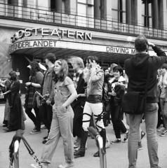 Geek Pride Parade i Gteborg (rotabaga) Tags: 120 6x6 mediumformat gteborg lomo lomography sweden gothenburg sverige lubitel166 tmax100 svartvitt mellanformat geekprideparade geekpridegbg2016